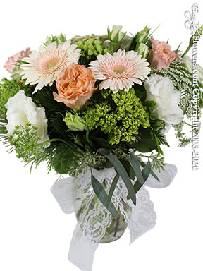 Vintage Holiday Flowers Delivery by Avante Gardens